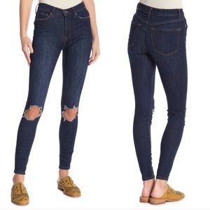 Free People Busted Knee Dark Wash Skinny Jeans